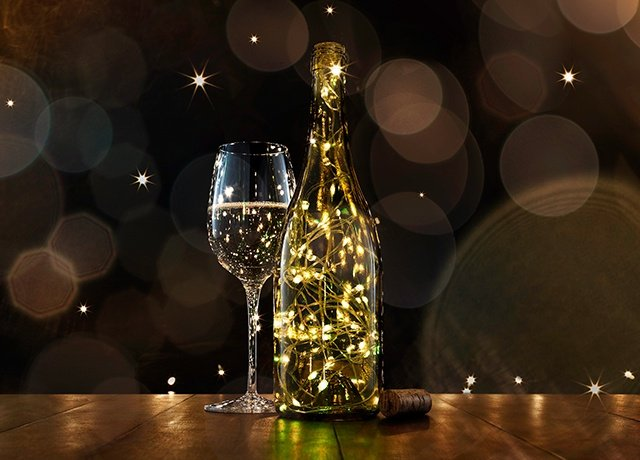 christmas light wine bottle decorations - Christmas Wine Bottle Decorations