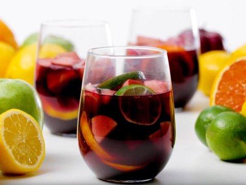 sangria, IAMSlthomas, cocktails, quarantine and chill